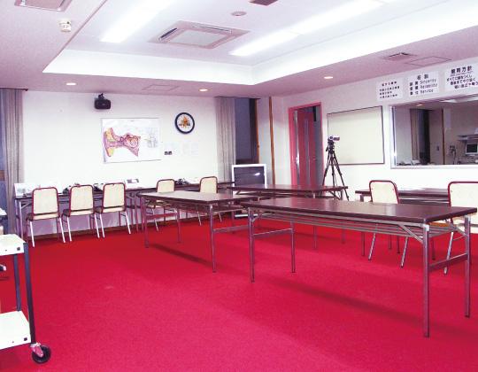 成人訓練室